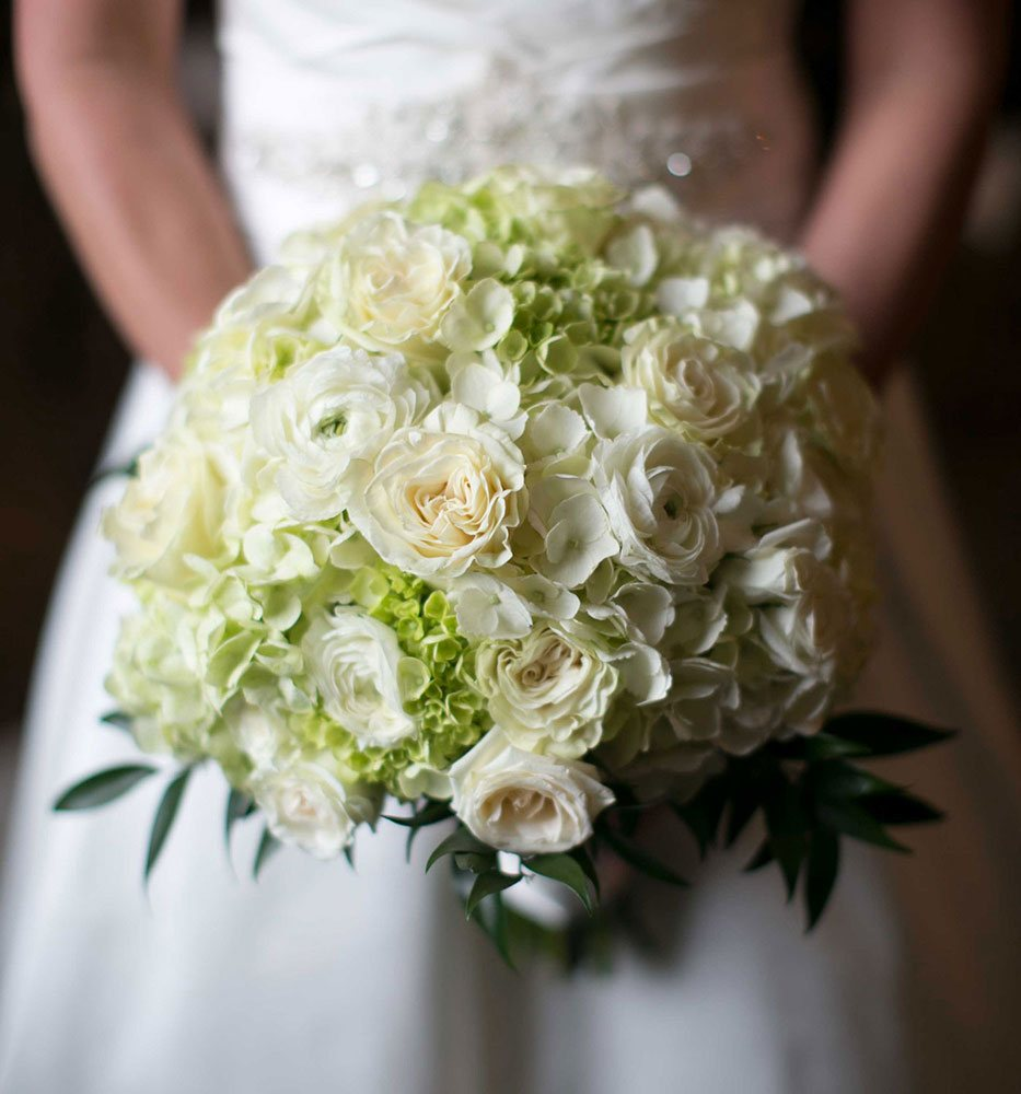 raleigh-wedding-photographer-flower-bouquet-photo.jpg