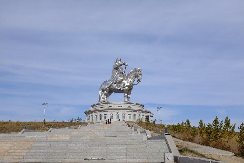 genghis khan horseback statue