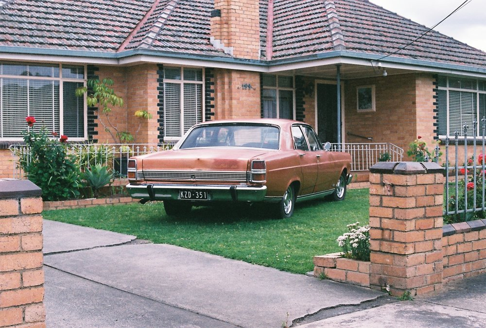 photography suburb melbourne coburg car garden