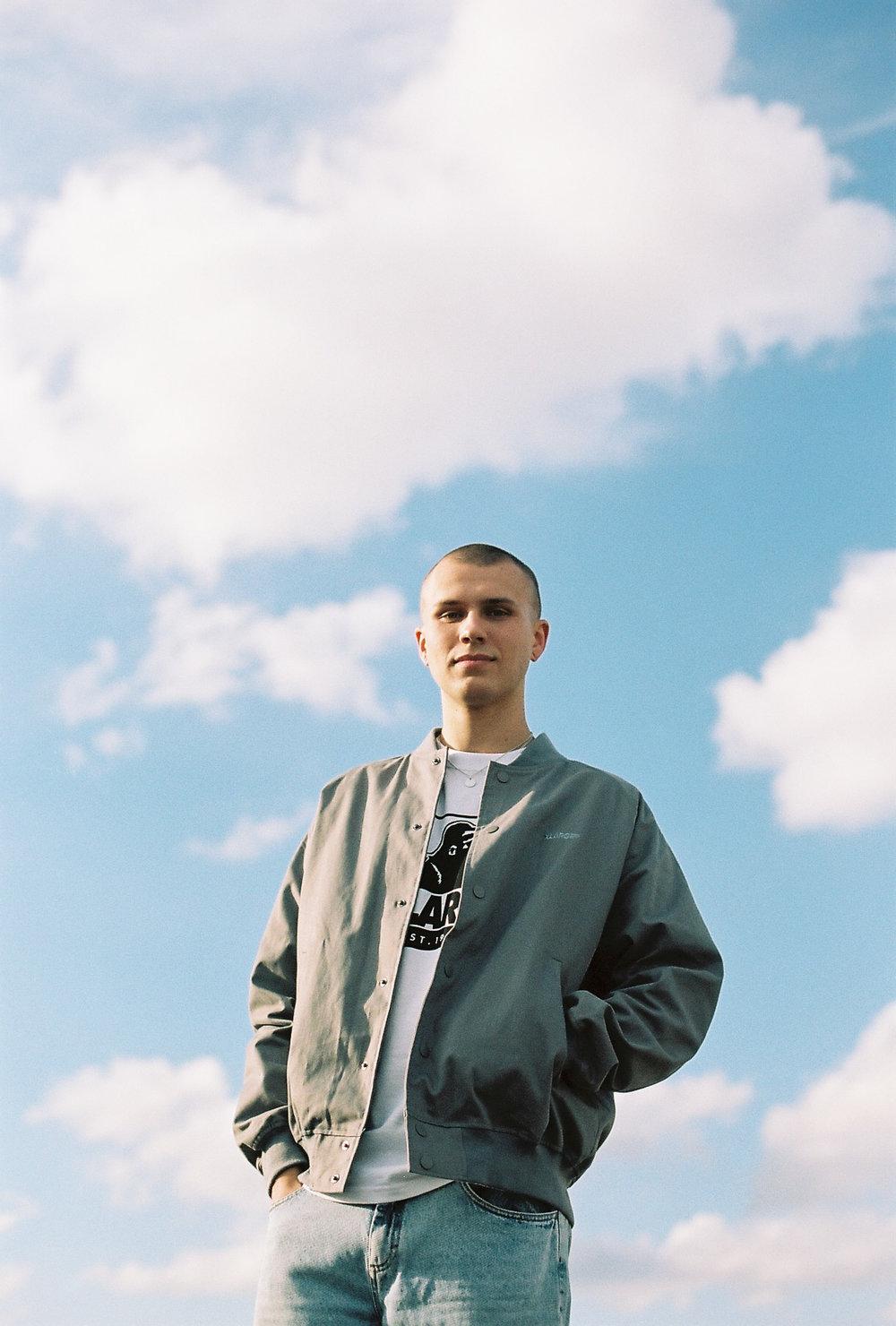 photography model fashion male 35mm green portrait