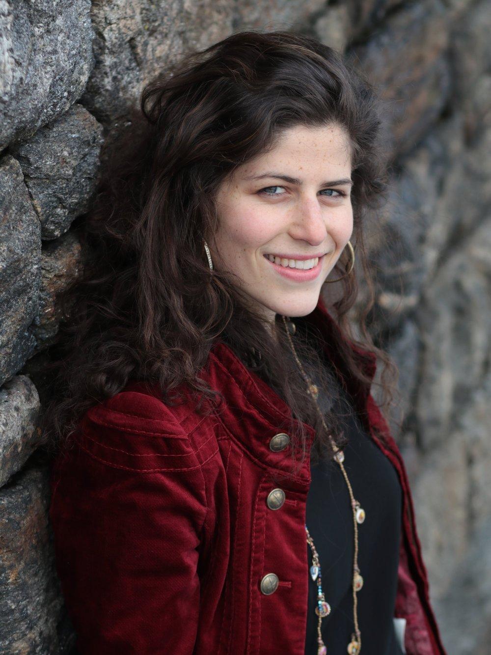 Lea Kalisch, singer in REVIVAL the Show