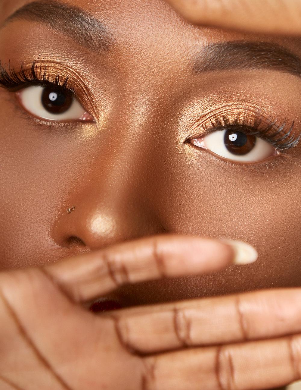 Golden Makeup Looks for Deep Skin tones