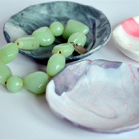 marbled-jewellery-bowls-1.jpg