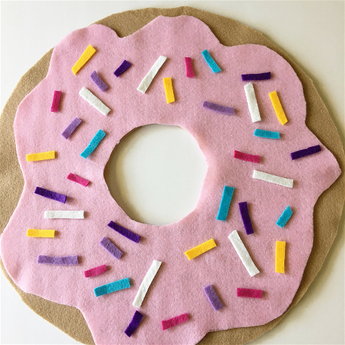 felt-doughnut-cushions.jpg