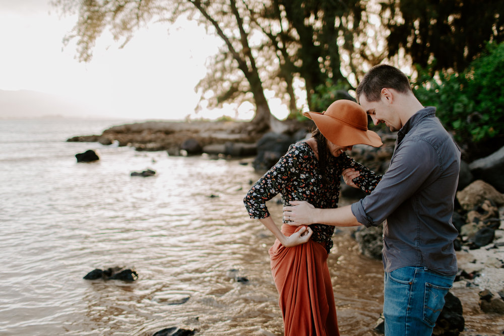 david&randie megan_haleiwa_hawaii_couples_adventure session-58.jpg