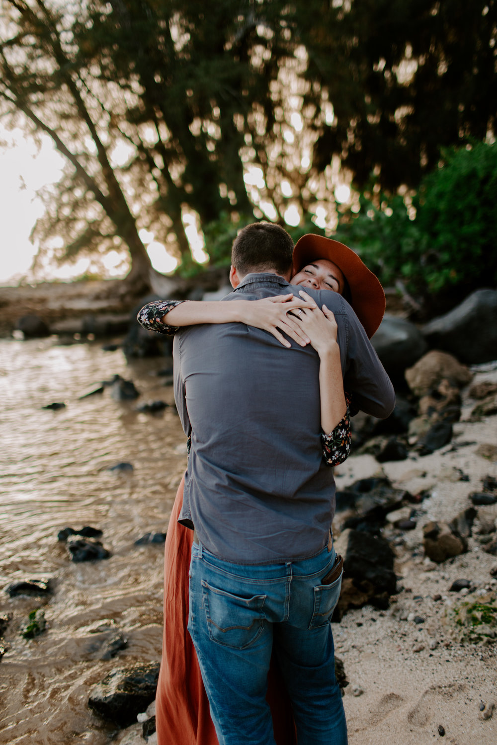 david&randie megan_haleiwa_hawaii_couples_adventure session-53.jpg
