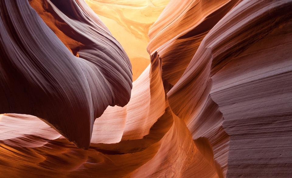 antelope-canyon-1128815_960_720.jpg