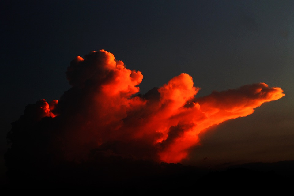 clouds-280302_960_720.jpg