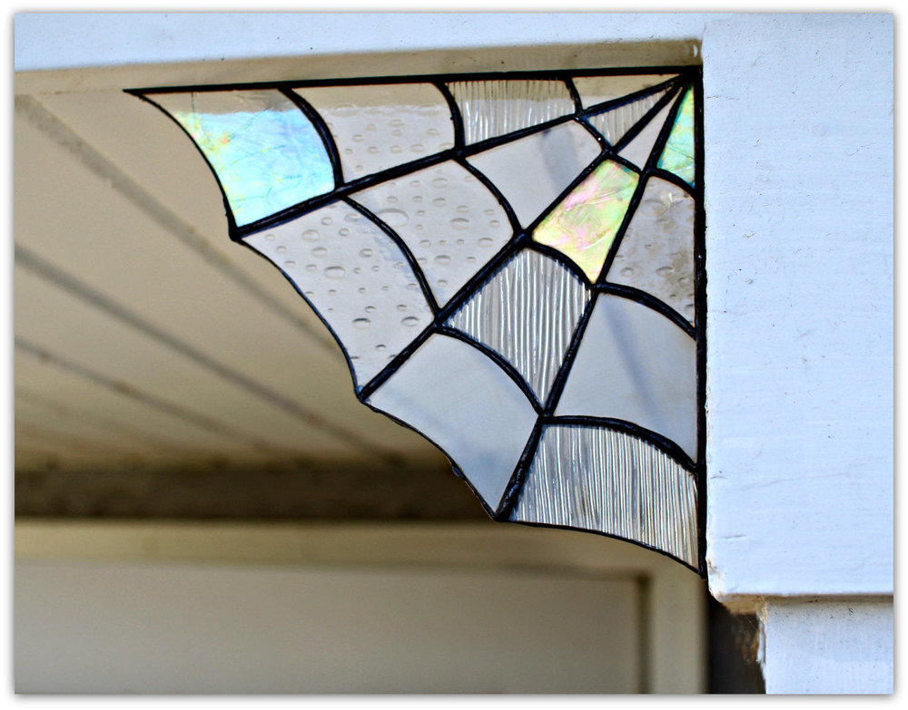 Black Glass Spider Web Corner