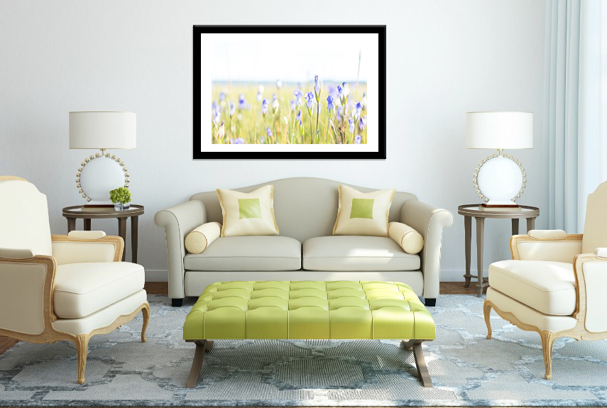 livingroom with flowers.jpg