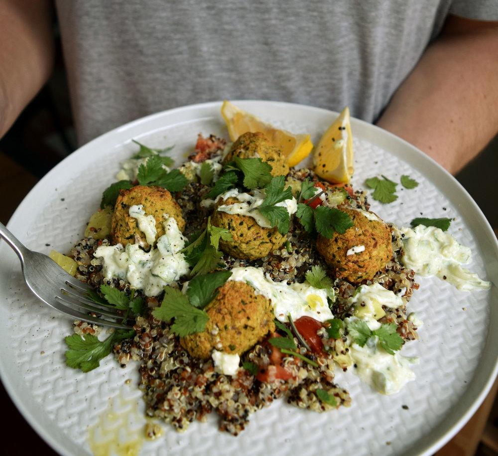 Quinoa-falafel-salad-2.jpg