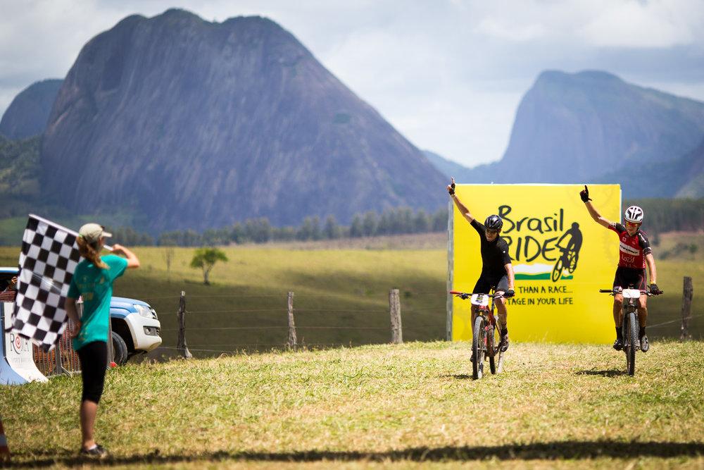 Luis-Leao-Pinto-e-Soren-Niessen-vencem-4ª-etapa-do-Brasil-Ride-8.jpg