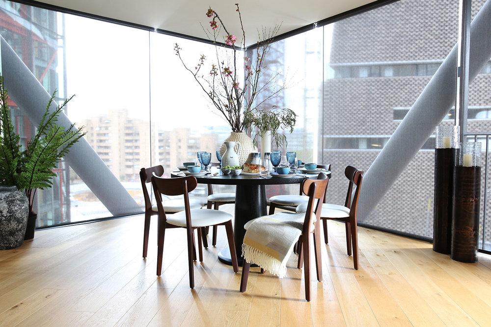 BoxNine7_Neo_Bankside_002_Dining_Area.jpg