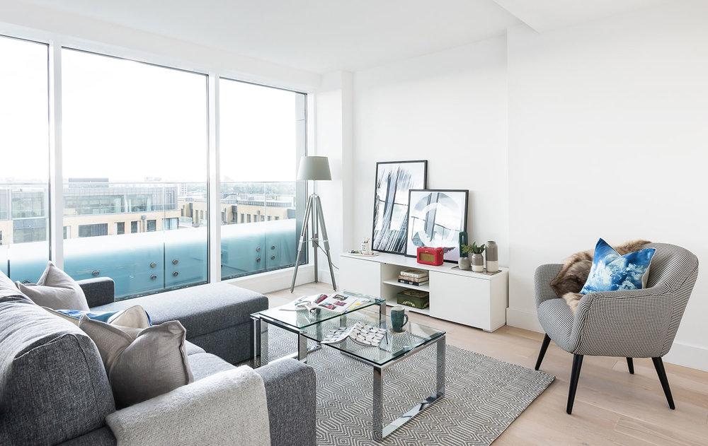 BoxNine7_Fulham_Riverside001_Living_Room_Entrance_Area_Sitting_Room.jpg
