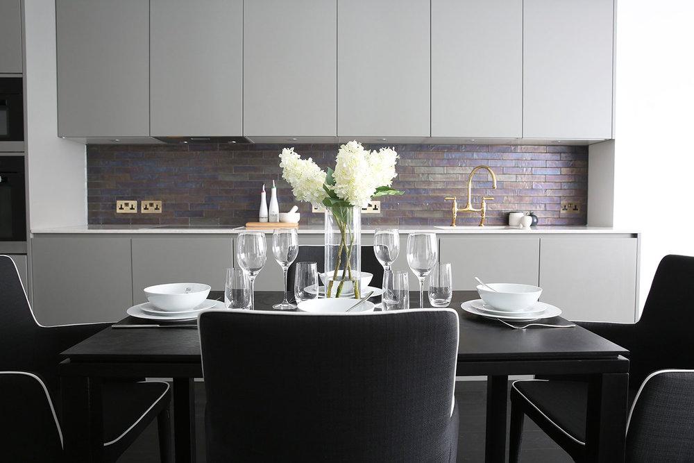 BoxNine7_Victoria_Street_017_Dining_Area_Kitchen.jpg