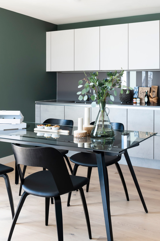 BoxNine7_Tillyer_11_Dining_Room_Kitchen.jpg