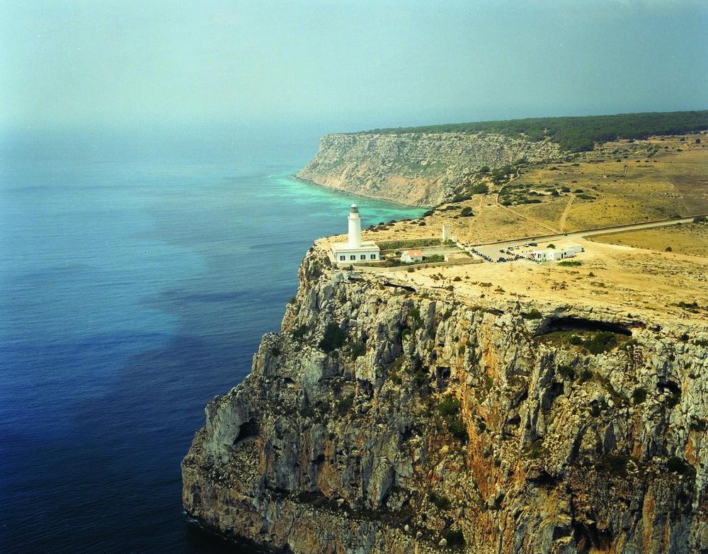 Faro de Sa Mola