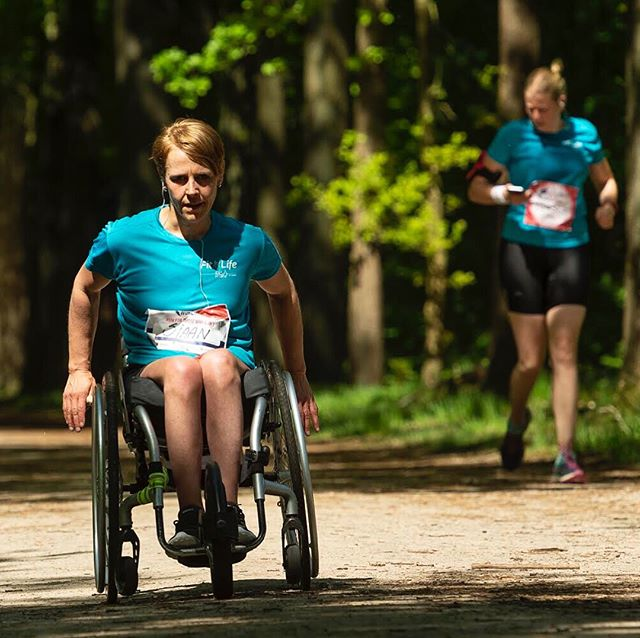 Tomorrow our pilot Sjaan Quirijn will open and kick off The official TU Delft Campusrun. 🏃🏼‍♀️ All the money raised with this run will be donated to the DON (Dutch Organisation for spinal cord injuries). Make sure to visit and come cheer at Sjaan and our team members tomorrow at 18h at the Auditorium. 🌟 Can't wait? Here already some action pictures! See you tomorrow! 🐝