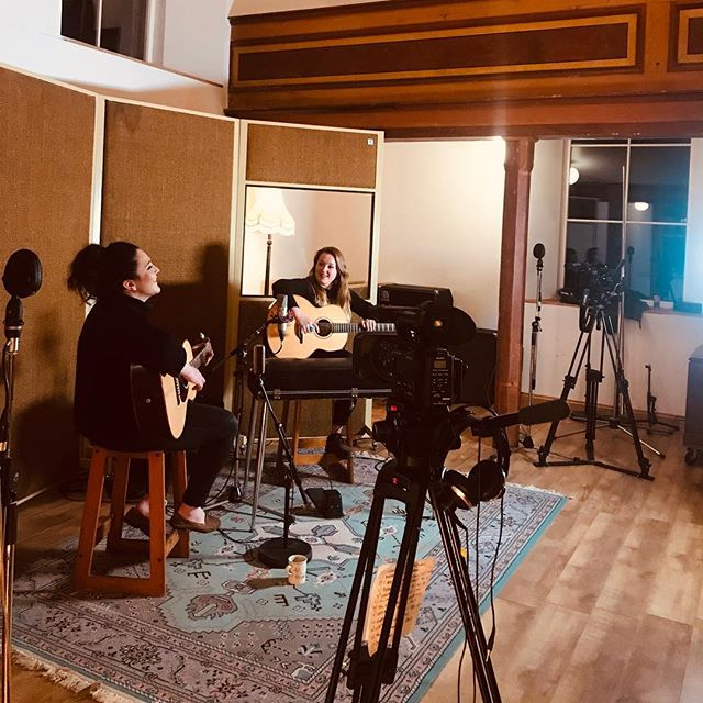 That's a wrap! Top session at the Chapel today.  Watch this space... @bellacollinsmusic @jodiemariemusic @studiowz  @lowdenguitars @newtonestrings  #cardiff #pembrokeshire #studio #filming #chapel #music #livemusic #cardifflife #acoustic #wurlitzer #guitars #neumannmicrophones #westisbest #dearnaleyguitars