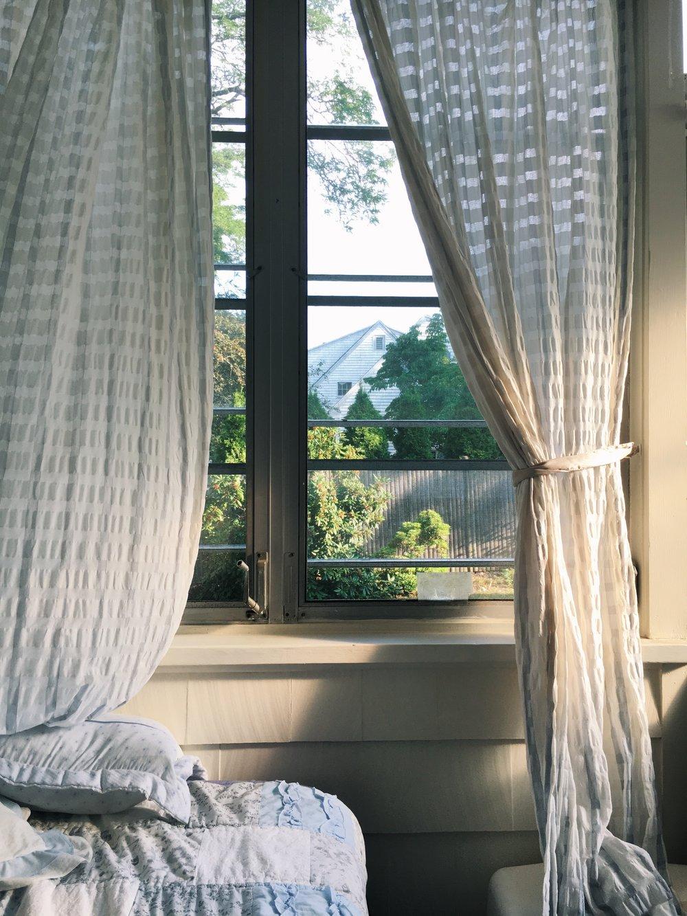 bedroomcurtains.jpg
