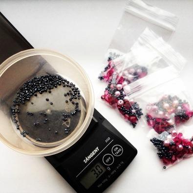 weighing beads