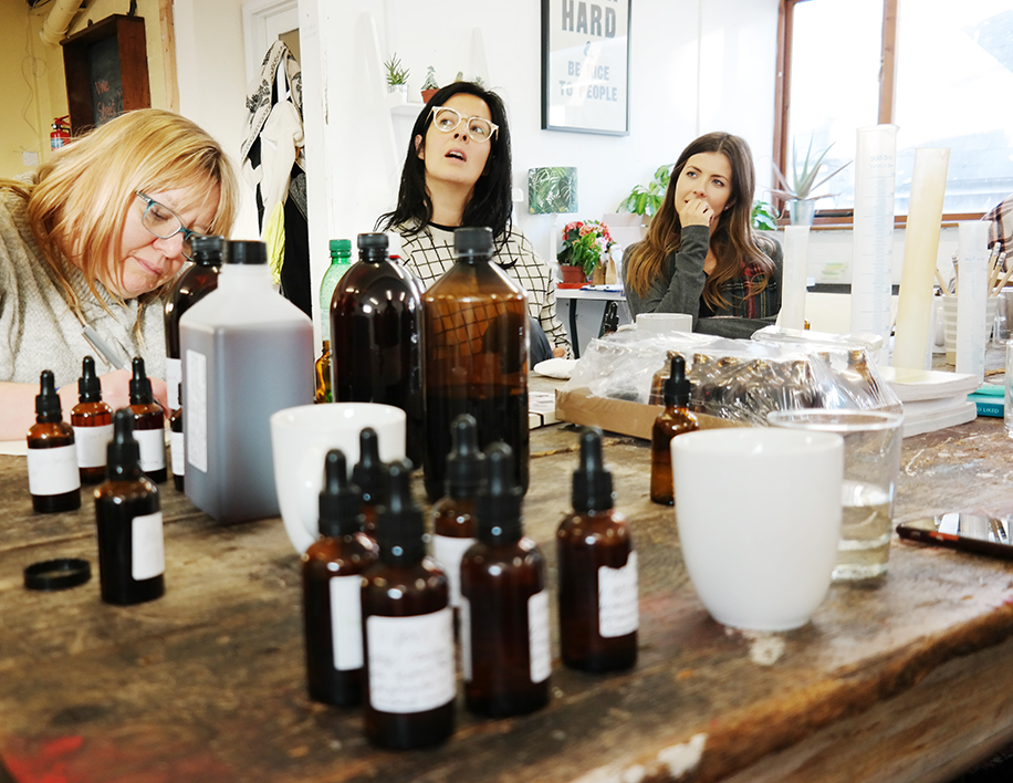 herbal tinctures workshop with Alice Bettany of sacred seeds brighton 2017
