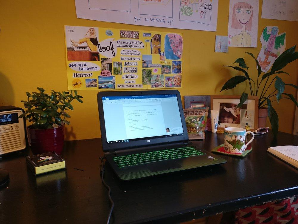 debbiedooodah desk space