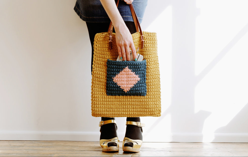 Geometric_pop_Pocket_Tote_Petal.jpg
