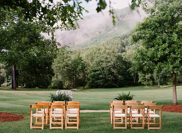 blogs-aisle-say-10-Laid-Back-Black-Tie-NC-Wedding-Christin-Olive-Photography.jpg