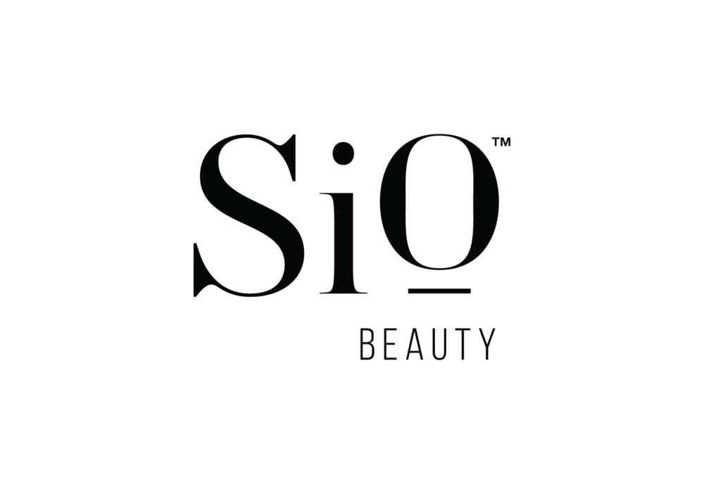 SiO leverages a proven medical capability, prescribed by surgeons and hospitals for over 30 years to make aging, wrinkled, dehydrated skin on the décolletage look better, feel smoother and act younger.
