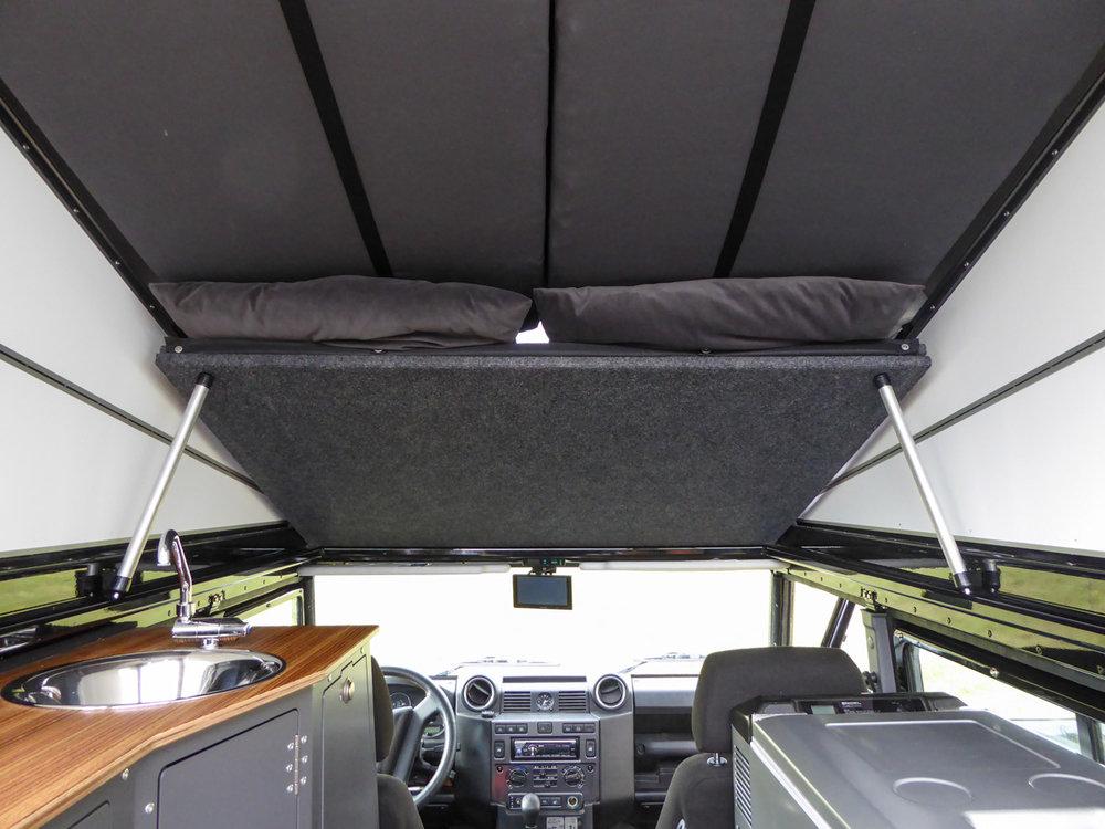 Ex-Tec Defender View-Tent mit aufgestellter Liegefläche