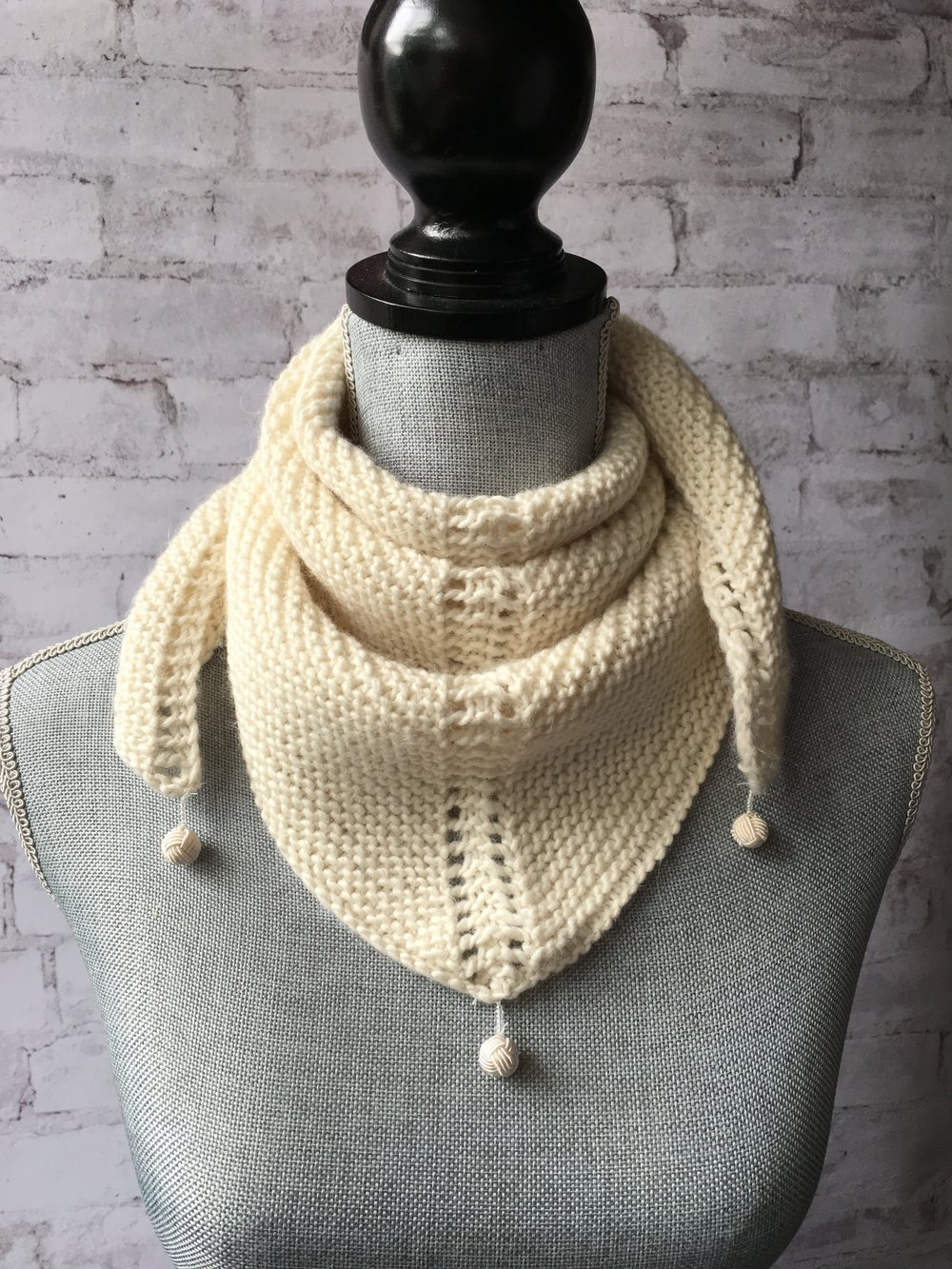 Dovetail Scarf (Worsted) Kit