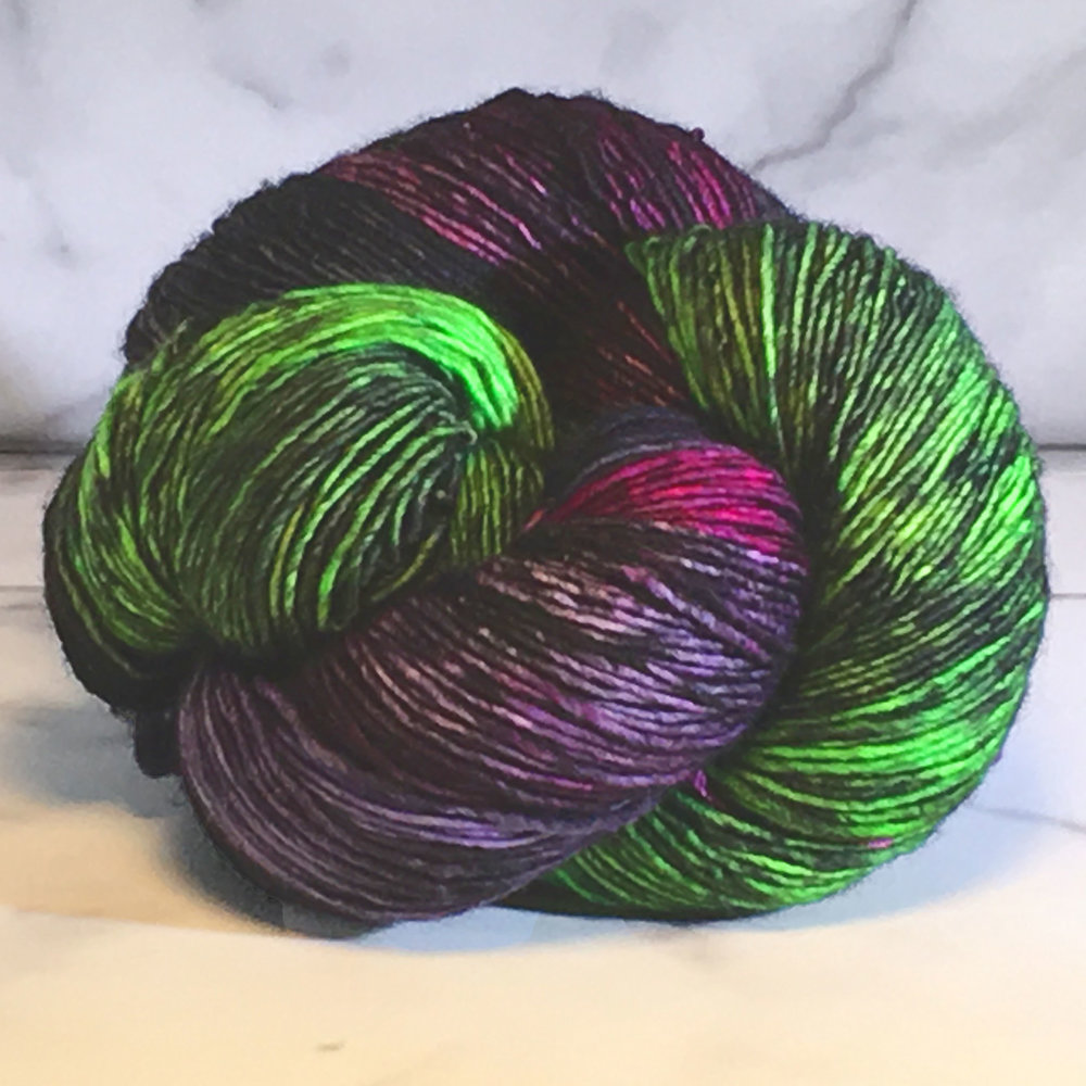 Dragonfly Fibers<br><strong>Pixie<br>100% Superwash Merino<br></strong>12 Colors<br>.