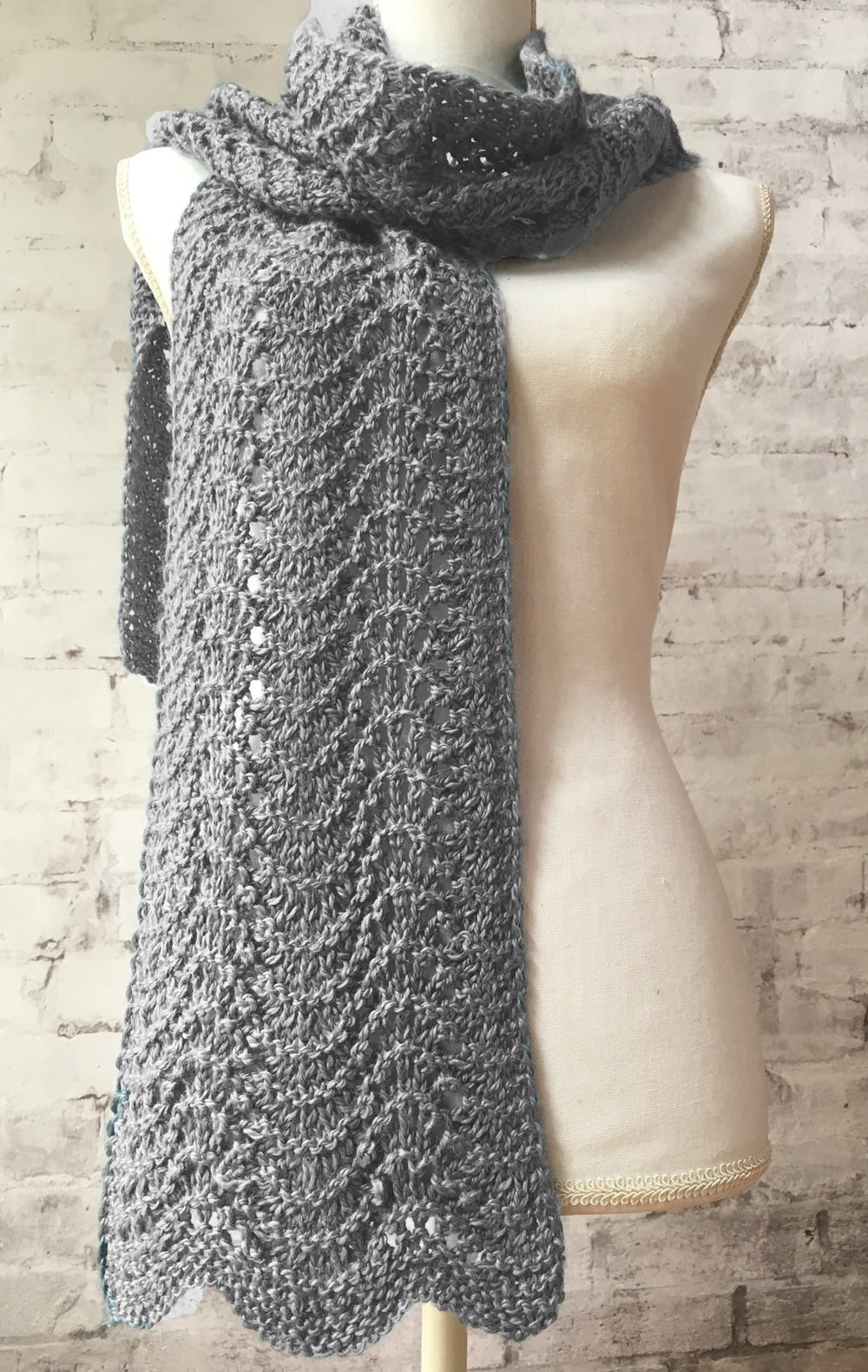 <strong>Old Shale Ripple Scarf Kit</strong><br>$30.00<br>.