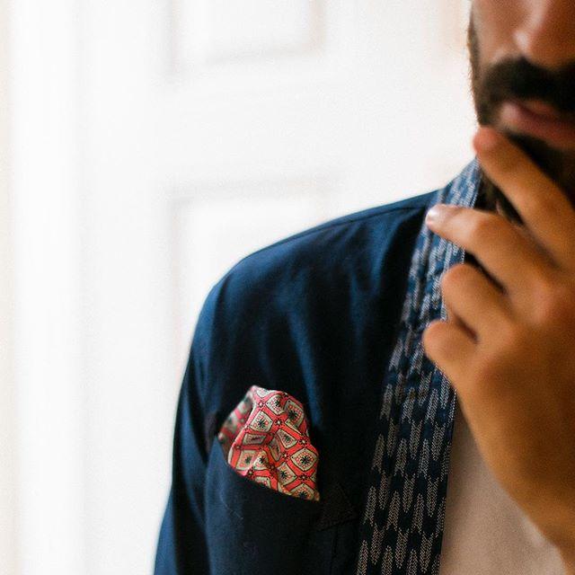 Eclectic Mr. Jaipur and his Kimono 🇯🇵 (shop online link in bio) photo: @beyond_fabric #mr #jaipur #pocketsquare #dapper #gent #handmade #handkerchief #acessories #japanese #kimono #menswear #menswearclothing #mnswr #mnswrmagazine #menstyle #mensfashion #smartcasual #plazauomo #mensfashionpost #menwithstyle #menwithclass #styleiswhat #fashionformen #fashionoftheday #streetstyle #fashiondiaries #ootd