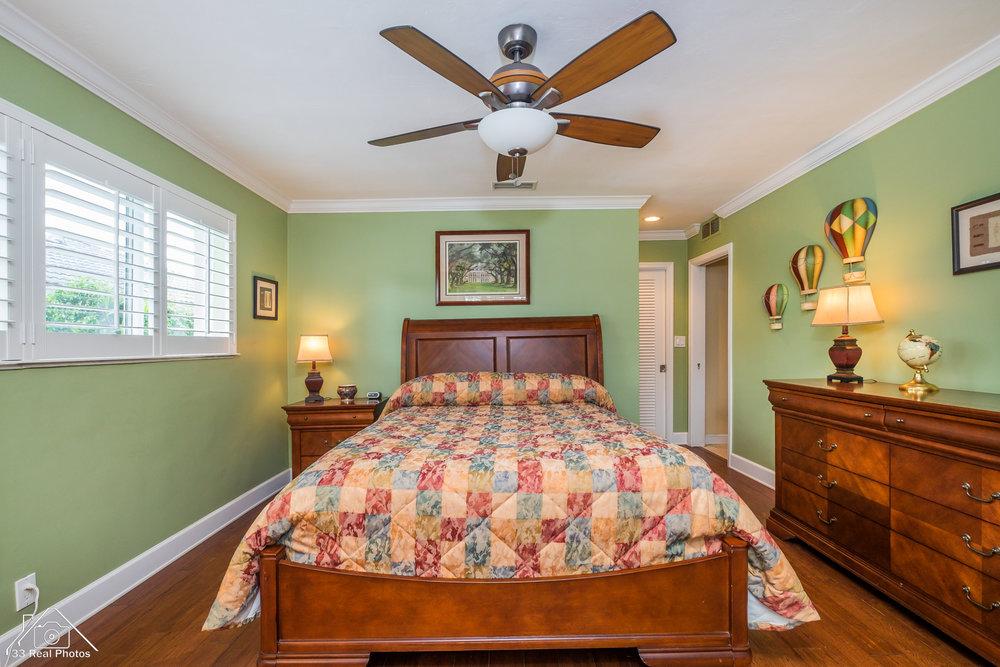 5311 NE 33rd Ave Fort Lauderdale-7.jpg