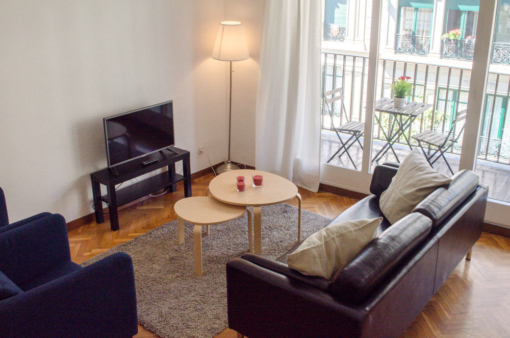 Living room, student apartment Barcelona