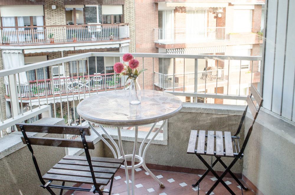 Balcony, student apartment Barcelona
