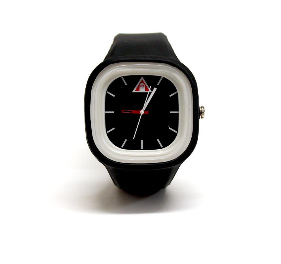 watch-black-1.jpg