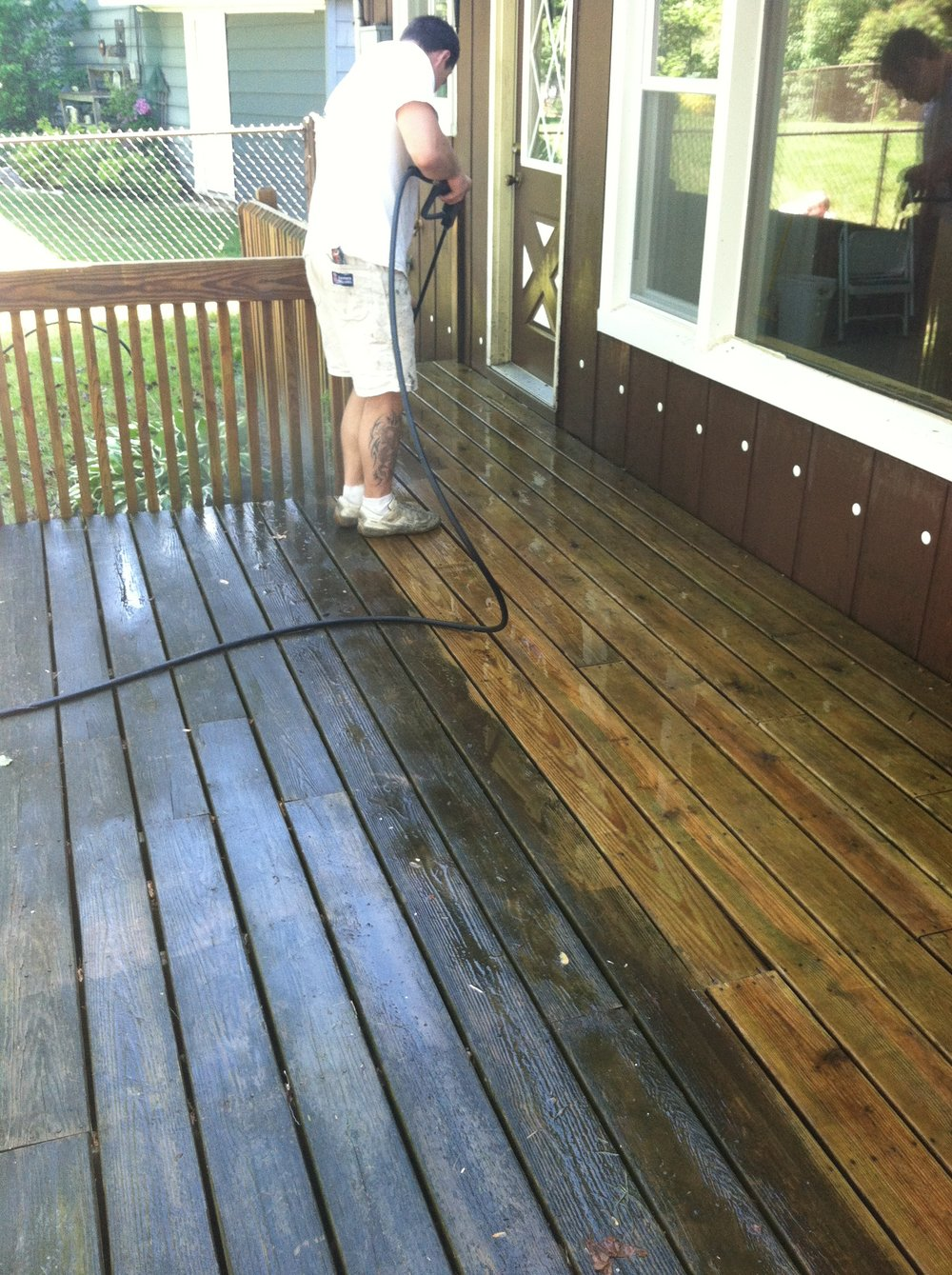 Painters Inc. Chicago best exterior deck power washing