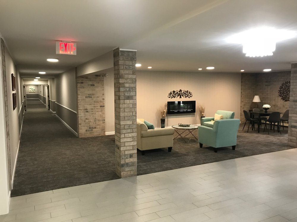 The lobby at Lake Hinsdale Village (2018)