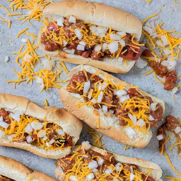 Easy Chili Dogs by Strawberry Blondie Kitchen