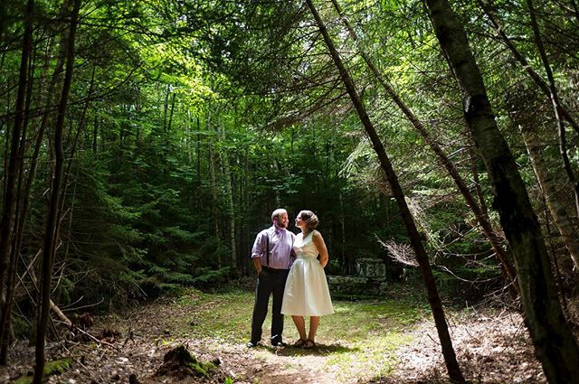 A very green wedding in the beautiful #coolidgestatepark. #vermontweddingphotographer #documentaryweddingphotography #weddingphotojournalism #weddingcouple #brideandgroom #portrait #weddingportrait #vermont #green #nikon #weddings #weddingseason