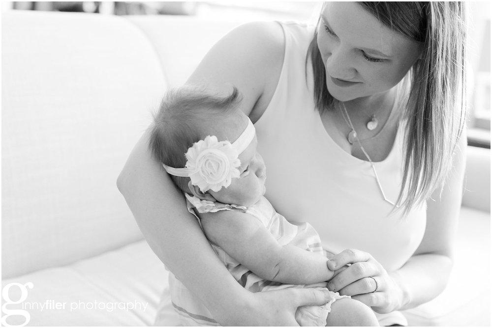 newborn_lifestyle_riddell_0004.jpg
