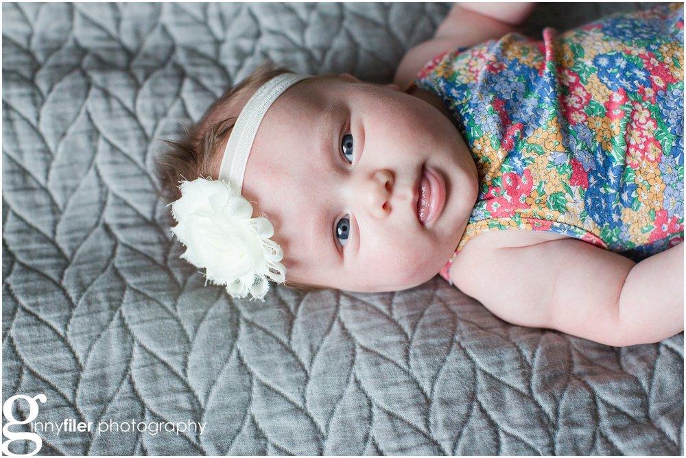 newborn_lifestyle_riddell_0033.jpg