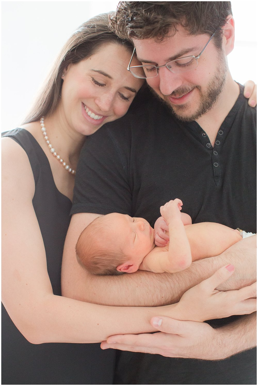 posed_newbornsession_0005.jpg
