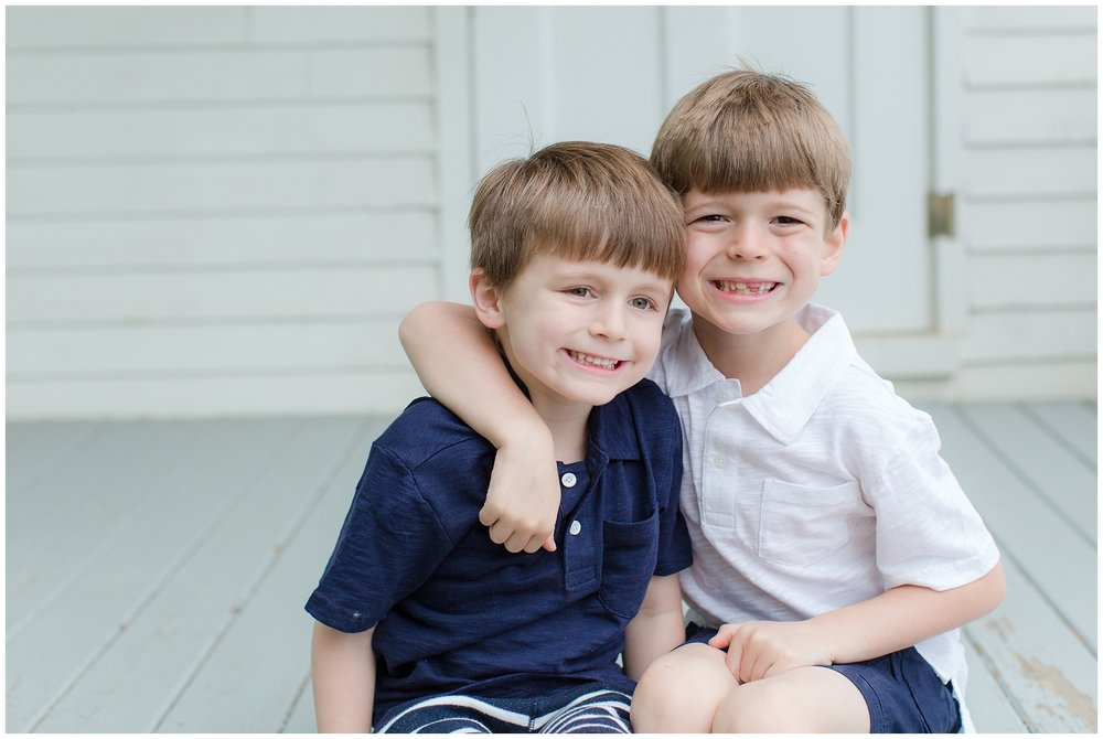 family_session_brothers_0006.jpg