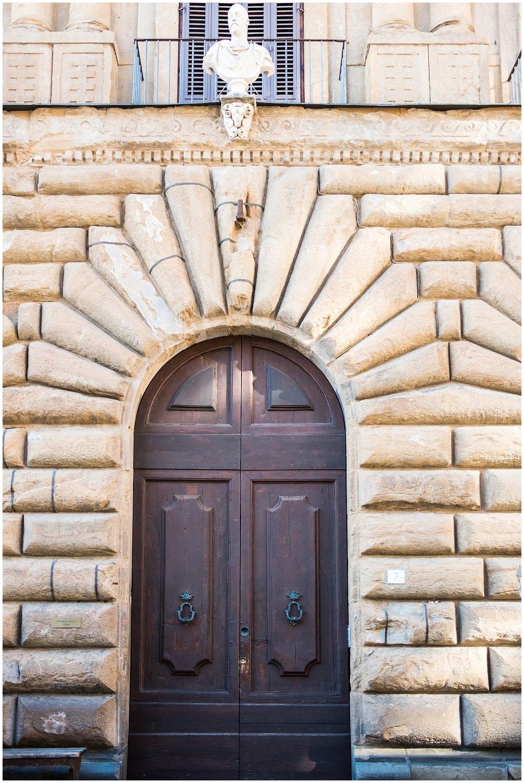 Italy_Doors_0022.jpg