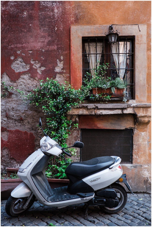 Italy_Doors_0027.jpg
