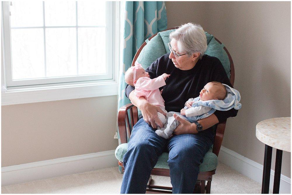 newborn_twins_photography_Gadgil_0015.jpg